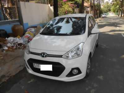 Hyundai i10 nhập khẩu, số sàn, xe gia đình