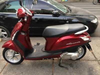 Cần bán xe yamaha Grande màu đỏ