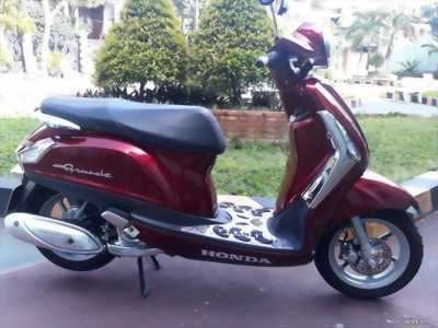 Grande Fi 125cc màu đỏ 2015 quận 1
