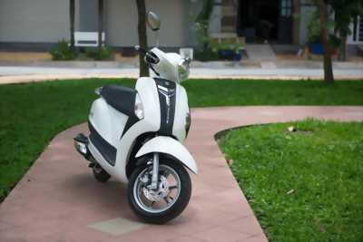 Yamaha Grande màu trắng đời cao-217