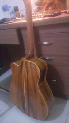 Guitar gỗ điệp