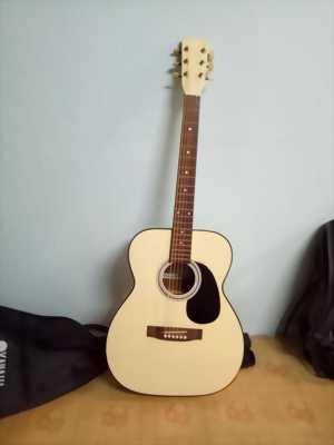 Cần bán cây guitar Nhật