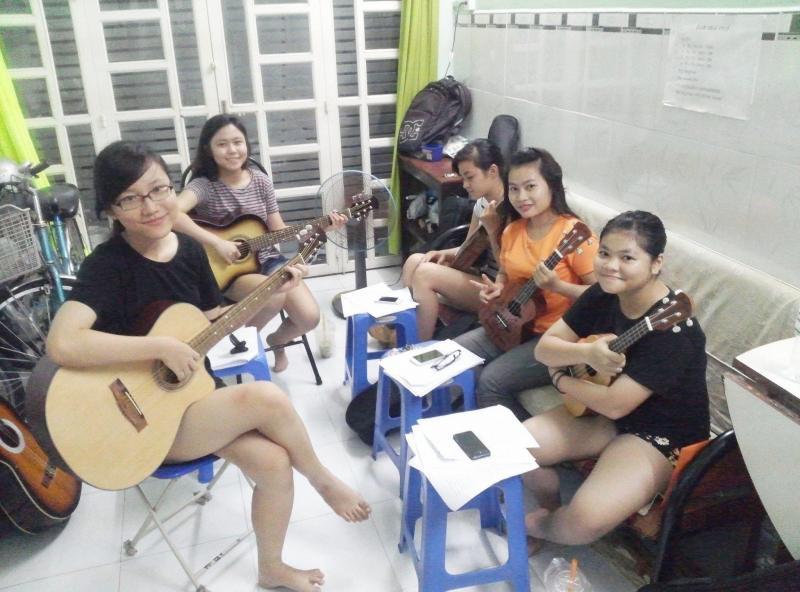 Học ukulele gò vấp