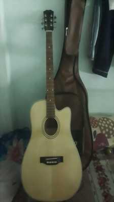 Cần bán Đàn guitar ascotic mặt thông