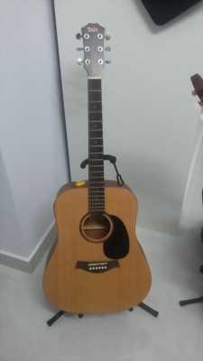 Đàn guitar acoustic mới