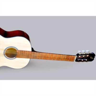 Đàn guitar clasic cũ, ít chơi
