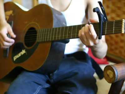 Đàn guitar acoustic KG-3