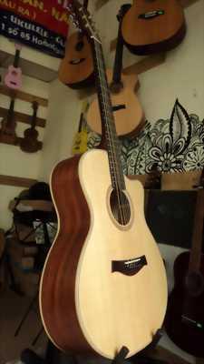 Guitar acoustic Ms: AH03