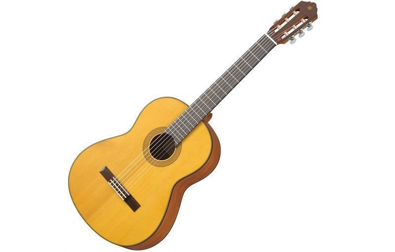 Cập nhật các dòng đàn guitar classic yamaha giá rẻ hiện nay