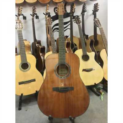 Guitar classic S45. Kèm bao đựng và dây dự phòng