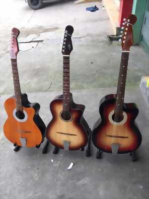 Đàn guitar phím lõm, guitar cổ