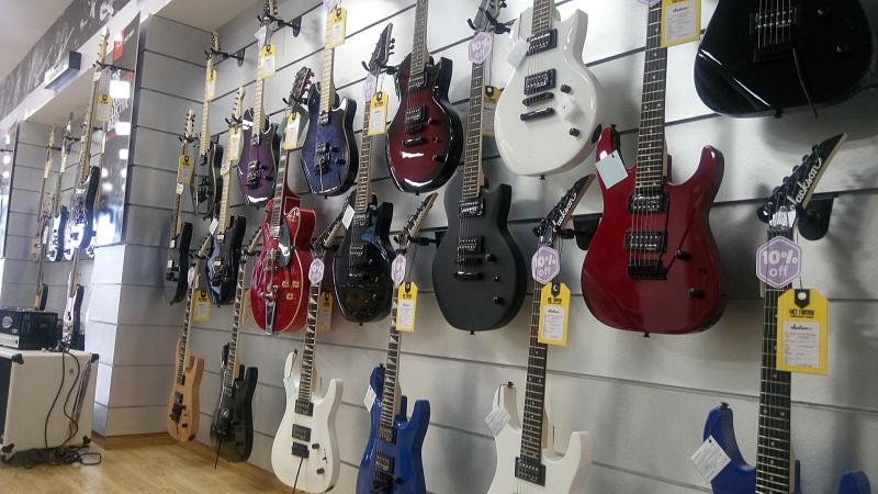 Kinh nghiệm giúp bạn chọn mua đàn guitar chất lượng nhất