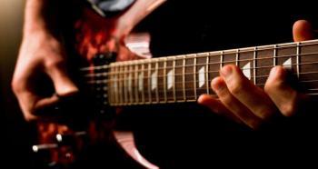 Những địa chỉ bán đàn guitar yamaha tphcm giá rẻ nhất
