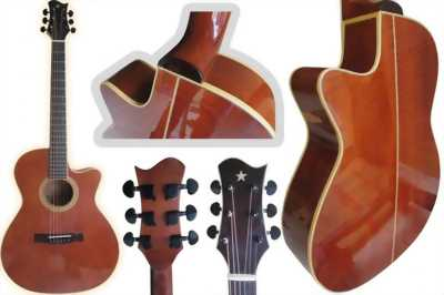 Đàn guitar đã qua sử dụng