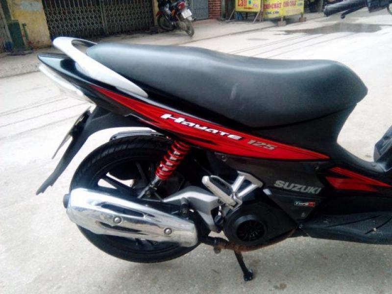 Bán xe Hayate 125cc màu đỏ đen đời 2012 chính chủ bao công chứng, giá rẻ.