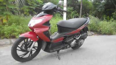 Hayate đỏ đen xe đẹp máy khỏe dáng gọn thanh lịch