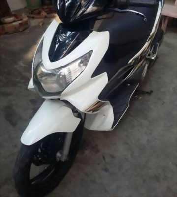 Mình đang tìm một người muốn mua xe chính hãng Suzuki Hayate 125 cc, để lại giá hữu nghị.