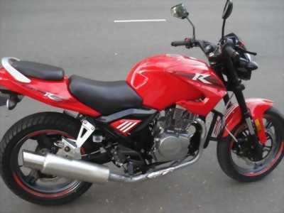 Moto CBR 125(USA) màu đỏ đời mới,zin nguyên