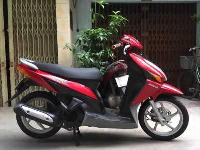 Bán xe CLick 110 màu đỏ