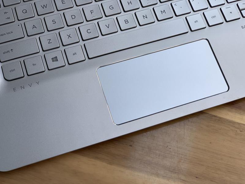 Laptop Hp Envy 13 - ab011tu, i5 7200U 4G SSD256 QHD 3K Đèn Phím Full Box Đẹp keng giá rẻ
