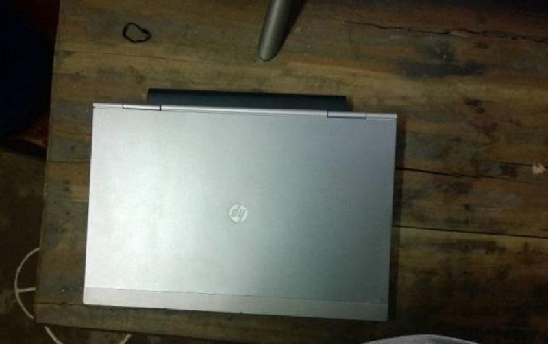 Máy HP 2560p, core i5 thế hệ 2, chạy SSD 256Gb