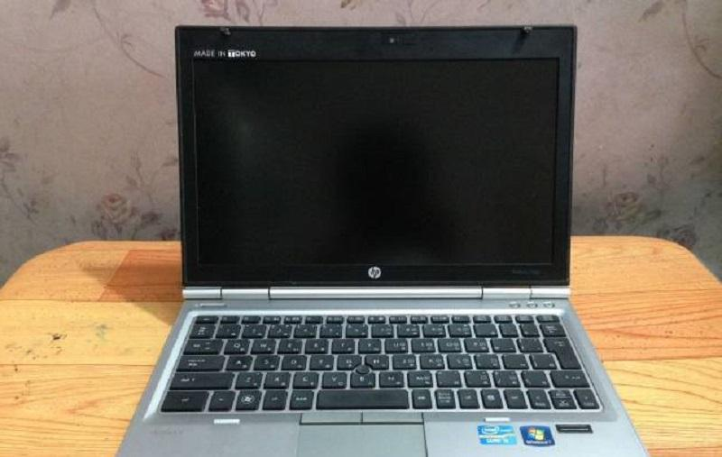 MÁY HP ELITEBOOK 2560p i5- 2520 RAM 2G HDD 320G