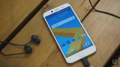 Điện thoại HTC 10 bản quốc tế zin đẹp keeng huyện vĩnh bảo
