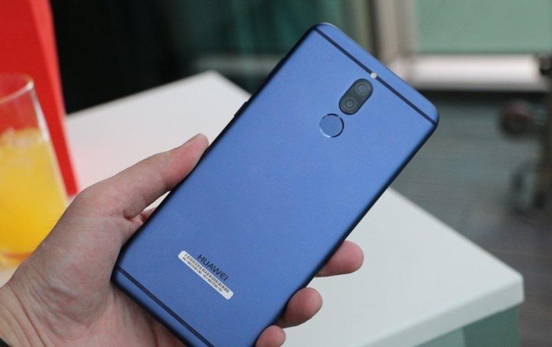 Cần bán ĐT Huawei nova2i xuân loc