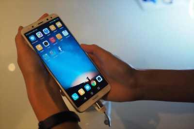 Huawei nova 2i vàng