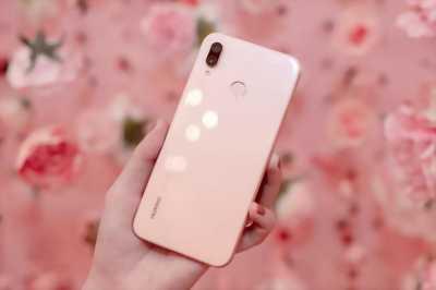 Huawei Nova 3e 64 GB hồng full box huyện xuân lộc