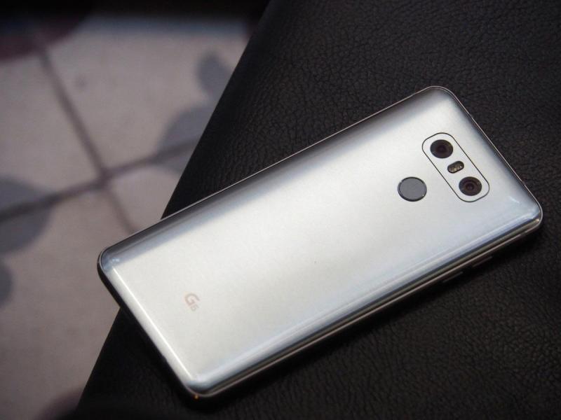 Huawei Honor 9 Lite đen không trầy bảo hành lâu