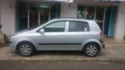 Cần bán Hyundai Getz đời 2010, màu bạc, nhập khẩu rẻ bất ngờ