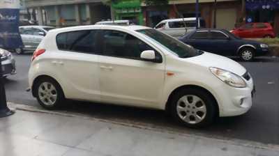 Chiếc Hyundai i20 chính chủ cần ra đi với giá rẻ