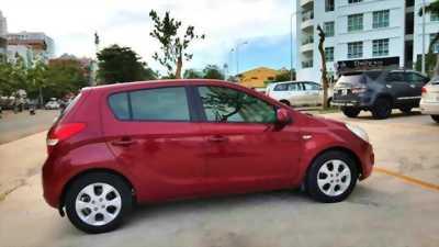 Cần bán gấp Hyundai i20 1.4AT đời 2010, xe nhập chính hãng
