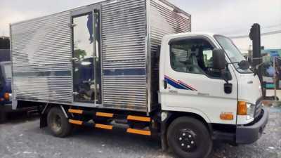 Hàng có sẵn xe tải Hyundai HD65