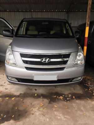 Bán xe Hyundai Grand Starex 2015 9 chổ tại HCM