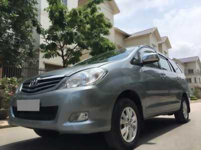Bán Toyota Innova GSR 2011 xám bạc chính chủ tuyệt vời