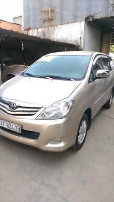 Bán xe innova2009