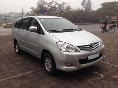 Bán Xe Toyota Innova 2.0 G 2009 mầu bạc chính chủ