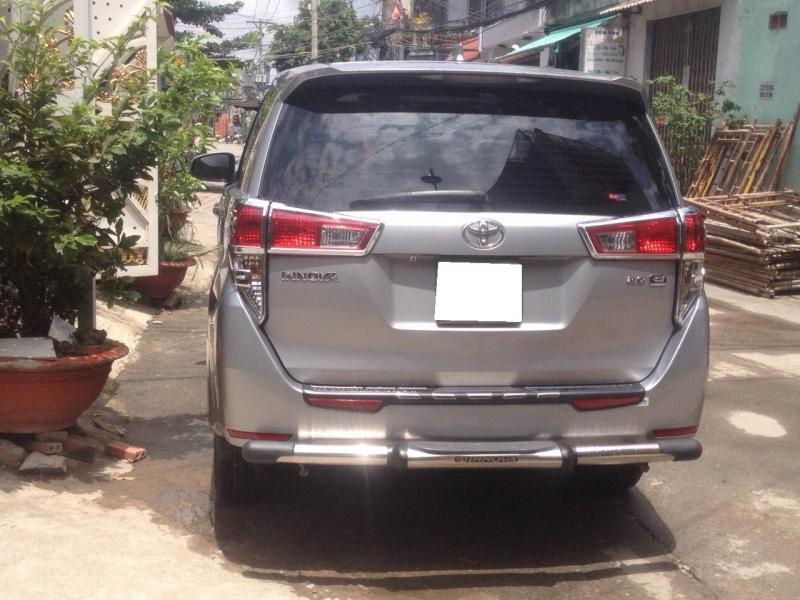 Cần bán xe Toyota Innova 2.0MT 2017 tại HCM