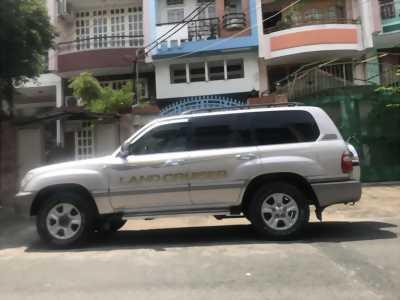 Về hưu bán xe Lan cruiser 2006, số sàn, máy xăng, bản full cọp cực cọp