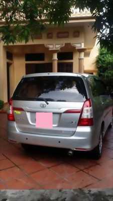 Gia đình cần bán xe Innova 2015