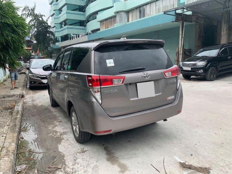 Bán Toyota Innova 2018