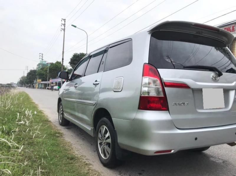 Bán Toyota Innova 2016
