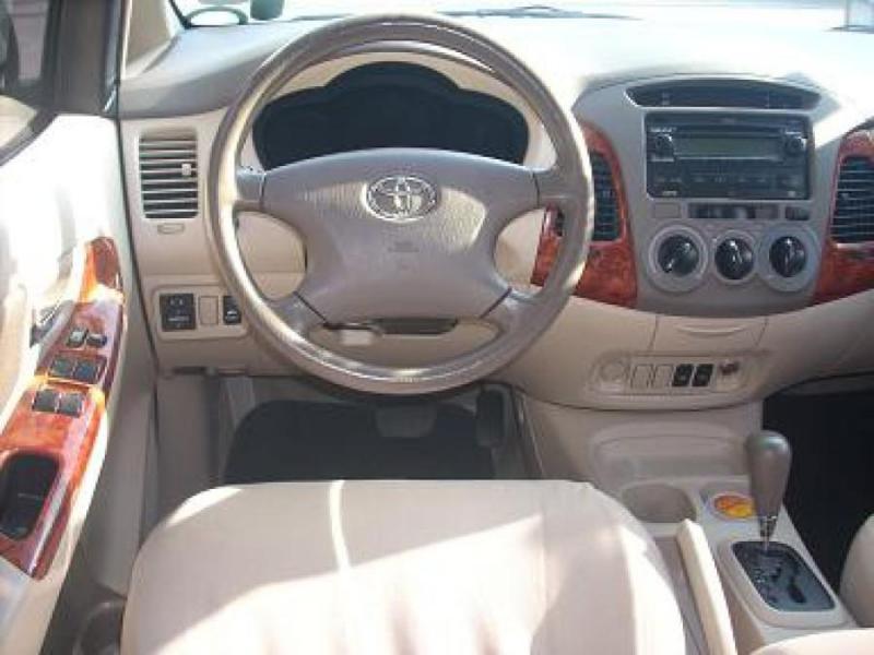 Toyota Innova G 2007 Số sàn