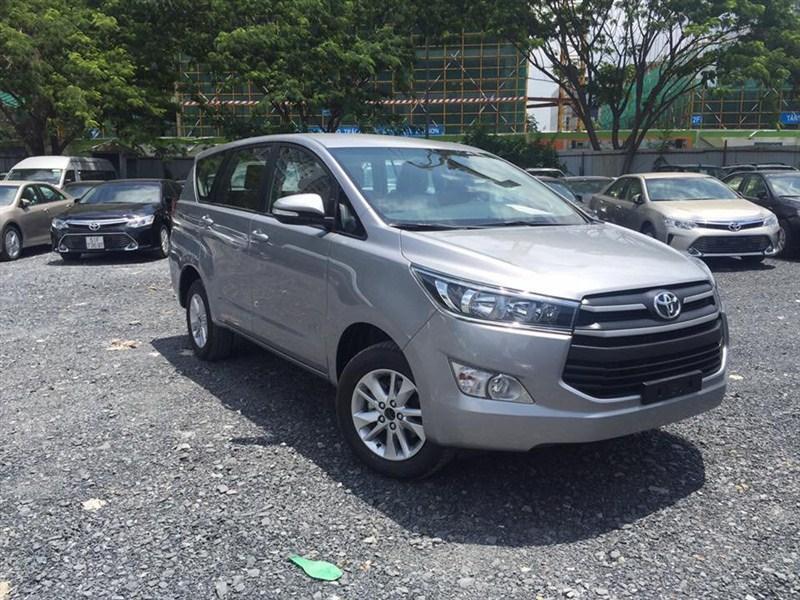 Toyota Innova E 2016 Số sàn