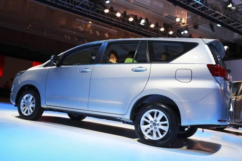 Bán xe ô tô Toyota Innova 2.0E 2014 giá 580 Triệu