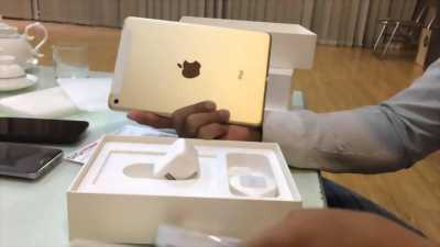Ipad mini 4 gold 4g + wifi