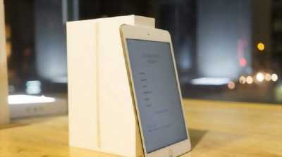 Apple Ipad Mini 4 16gb gold Sim 4G