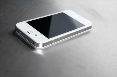 Apple Iphone 4S 16 GB trắng IOS 6.1.3 QT Mỹ